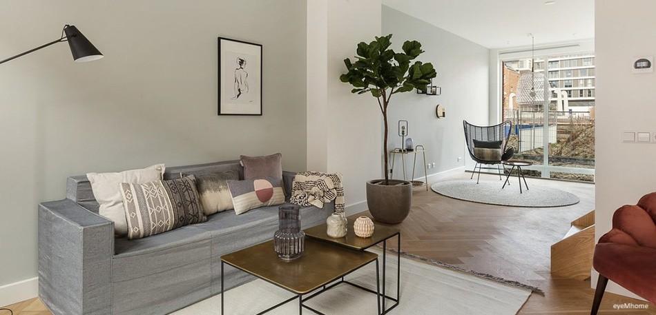 Acquista il divano di cartone a tre posti di Cubiqz per l'Home Staging