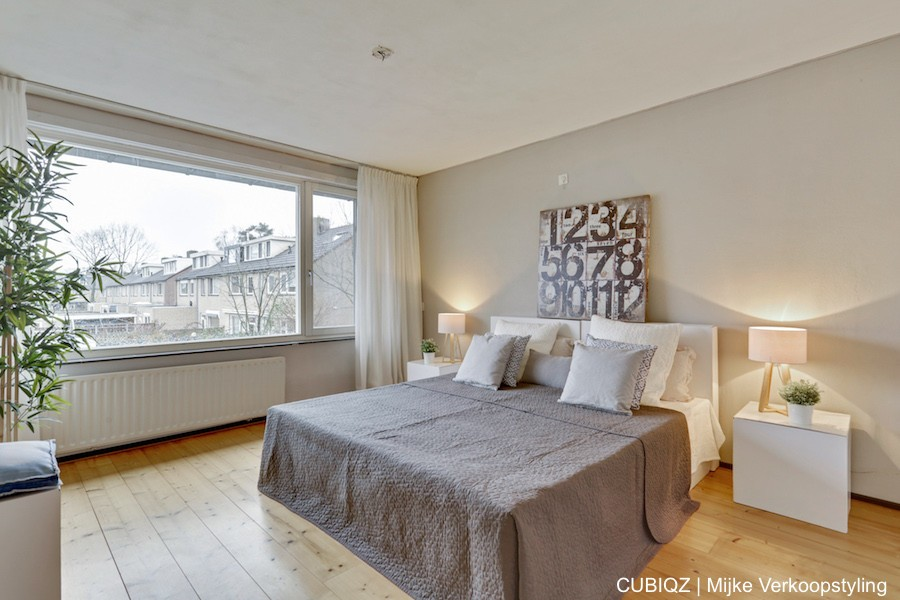 12. HomeStaging con mobili in cartone cubiqz per camera da lettoHome staging with CUBIQZ cardboard bed