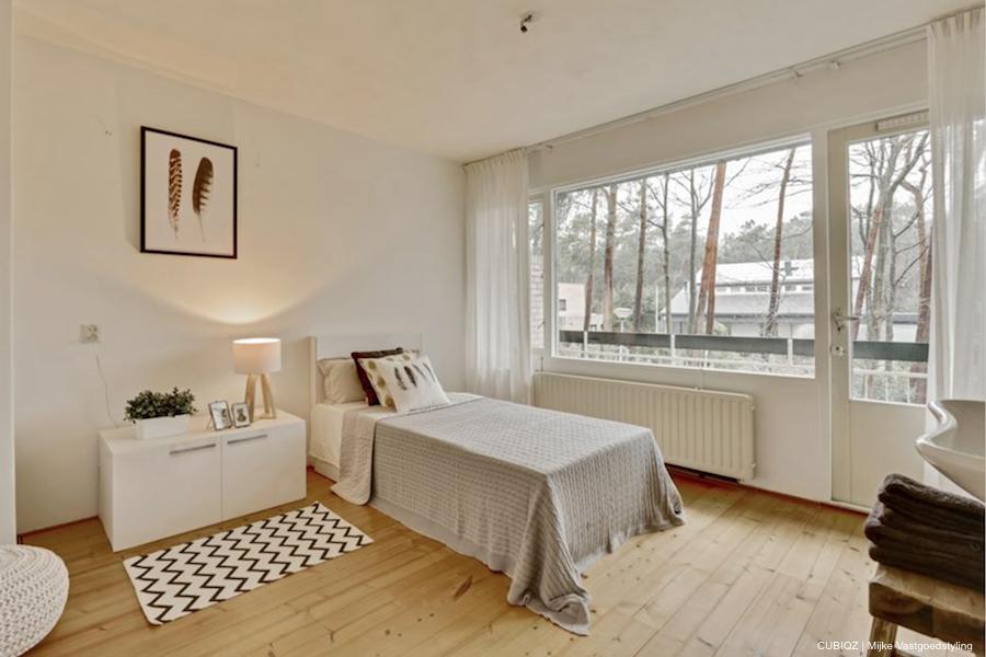 15. HomeStaging con mobili in cartone cubiqz per camera da lettoHome staging with CUBIQZ cardboard bed