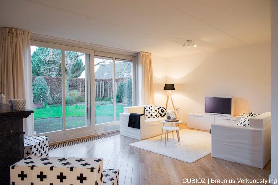 26 home Staging with CUBIQZ cardboard furniture