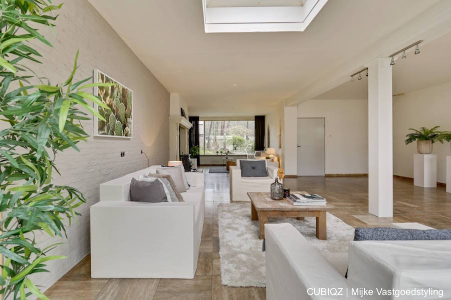 4. home Staging with CUBIQZ cardboard furniture